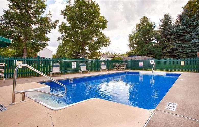 Best Western University Inn - Pool - 21