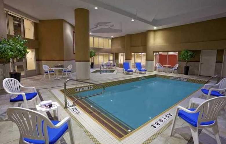 Hilton Garden Inn Toronto Airport - Hotel - 14