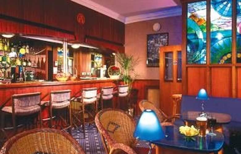 Mitre House - Bar - 4