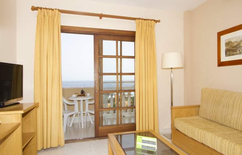 Ereza Dorado Suites - Room - 11
