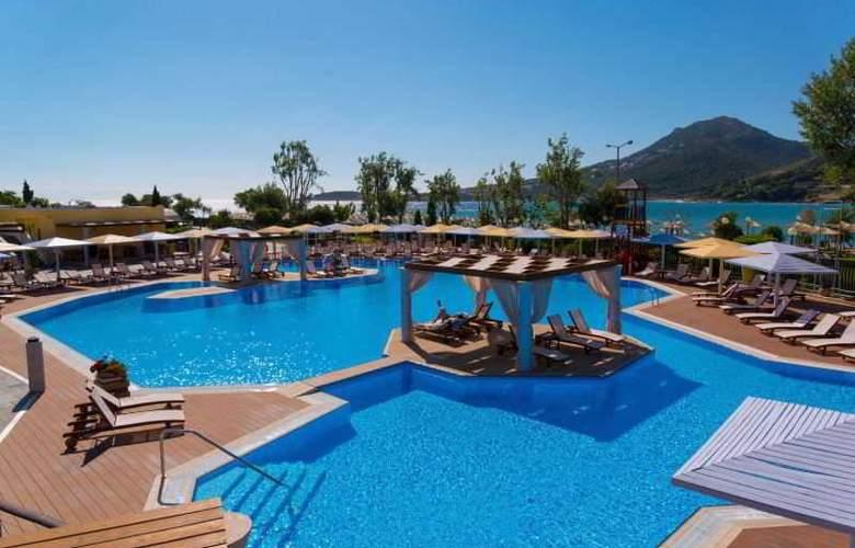 Mare Nostrum Hotel Club Thalasso - Pool - 37