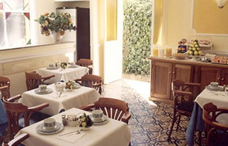 St. Moritz - Restaurant - 5