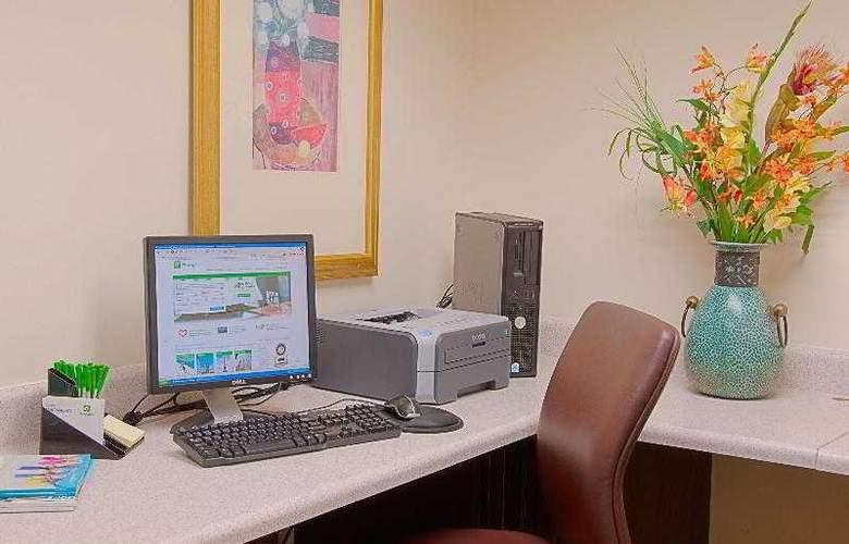Holiday Inn Hotel & Suites Vero Beach-Oceanside - Sport - 13