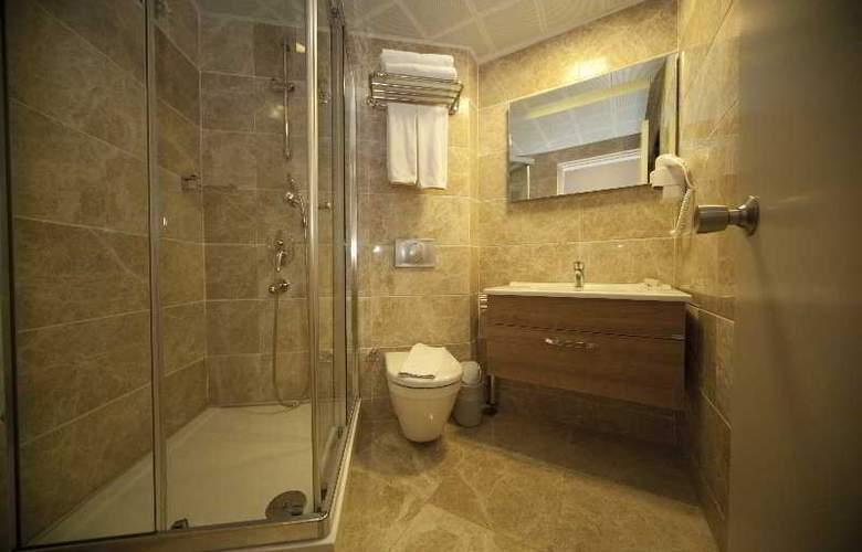 Grand Hotel Faros - Room - 5
