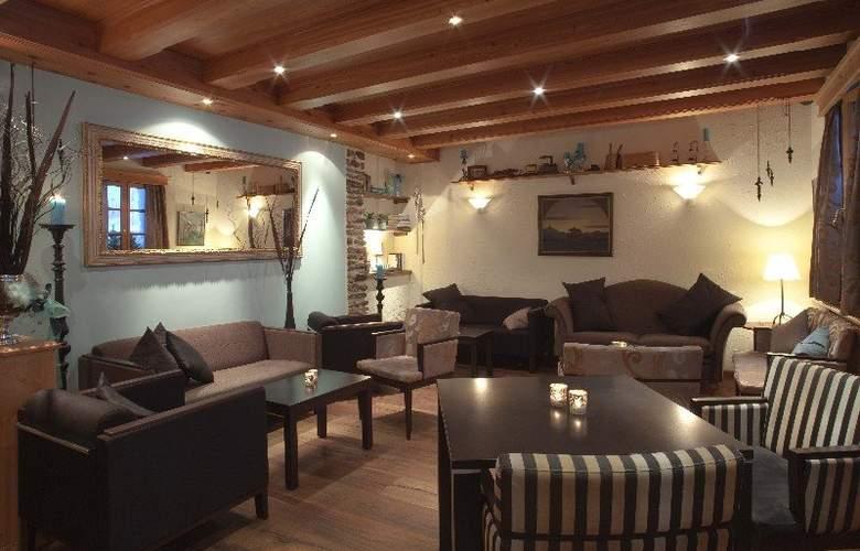 Walliserhof Swiss Quality Hotel - General - 2