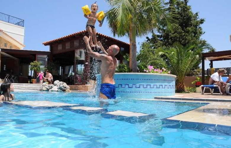 Zeus Village - Pool - 12