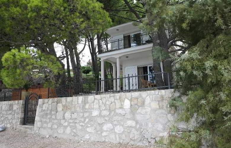 Bluesun Villa Berulia - Hotel - 0