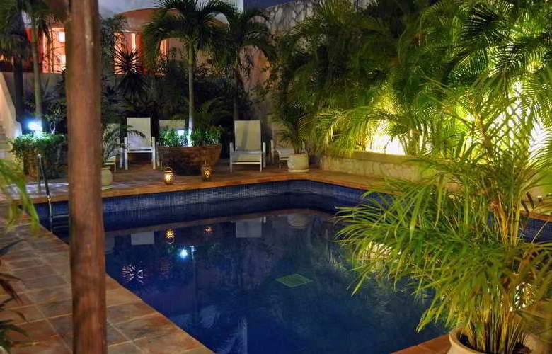 La Pasion Boutique Hotel - Pool - 46
