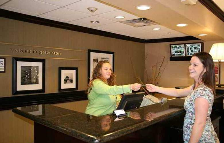 Hampton Inn & Suites Galveston - Hotel - 0