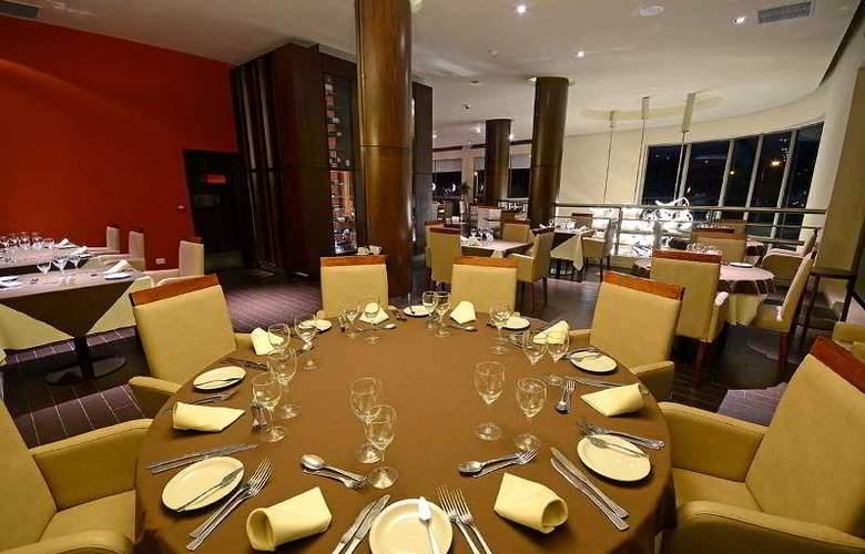 Grand Crucero Hotel - Restaurant - 8