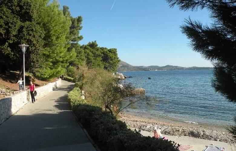 Villa Avantgarde - Beach - 27