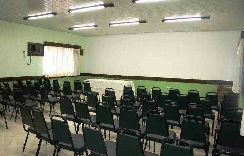 Salvador Mar - Conference - 3