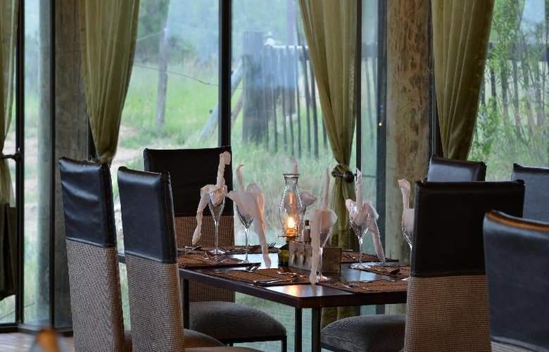 Mabula Game Lodge - Restaurant - 22