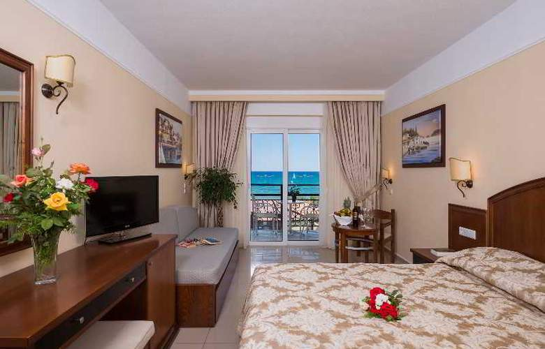 Vantaris Beach - Room - 15