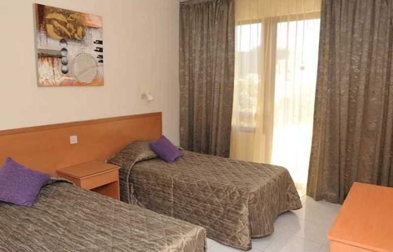 Tasiana Star Hotel Apts - Room - 2