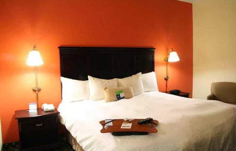Hampton Inn Dallas-Ft. Worth Airport South - Hotel - 0
