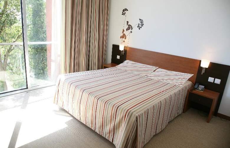 Evenia Monte Real - Room - 1