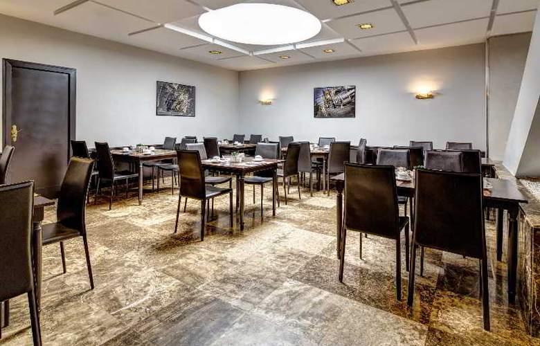 Meliá Lebreros - Restaurant - 40