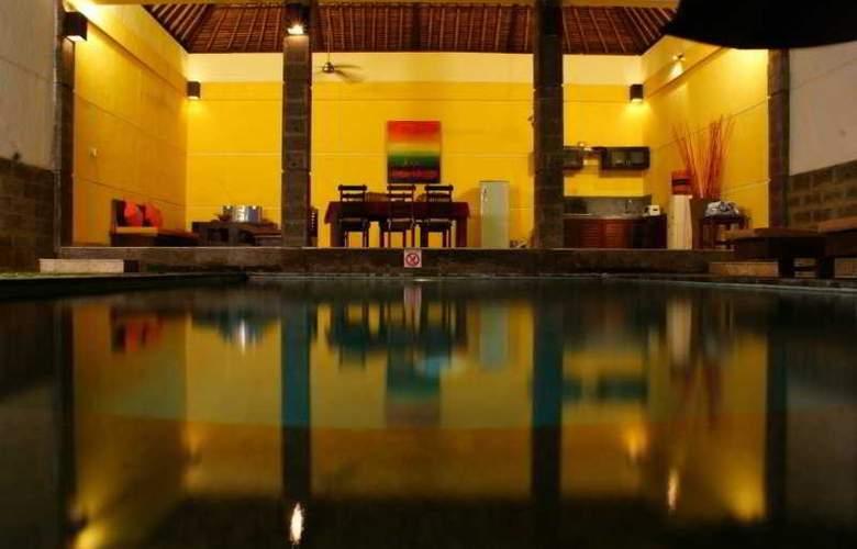Bali Merita Villa - Pool - 9