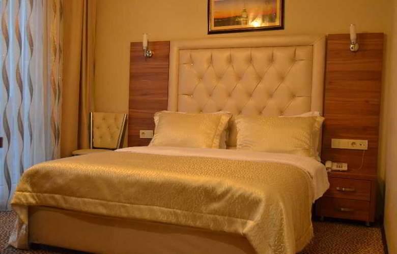 Airboss Hotel - Room - 8