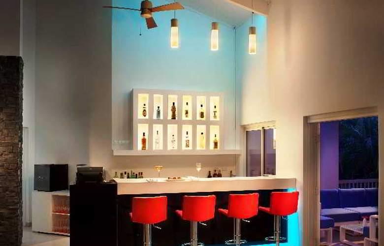 Azul Ocean Club - Bar - 3