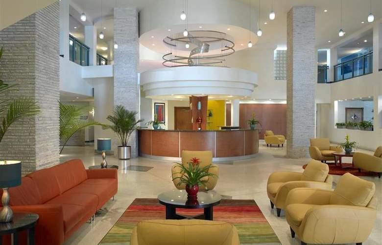 Best Western Plus Atlantic Beach Resort - General - 74