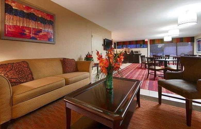 Best Western Columbus - Hotel - 25