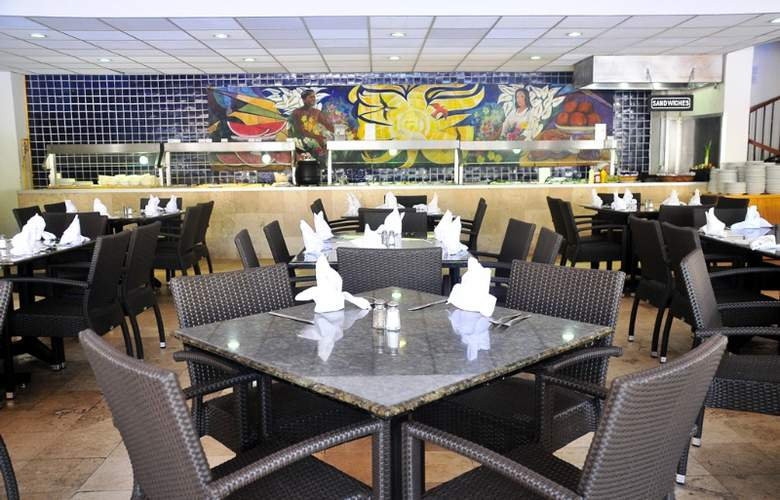 Friendly Vallarta Beach Resort & Spa - Restaurant - 13