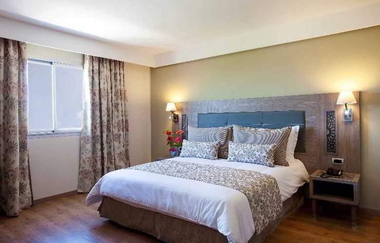Atlas Sky Airport Hotel - Room - 15