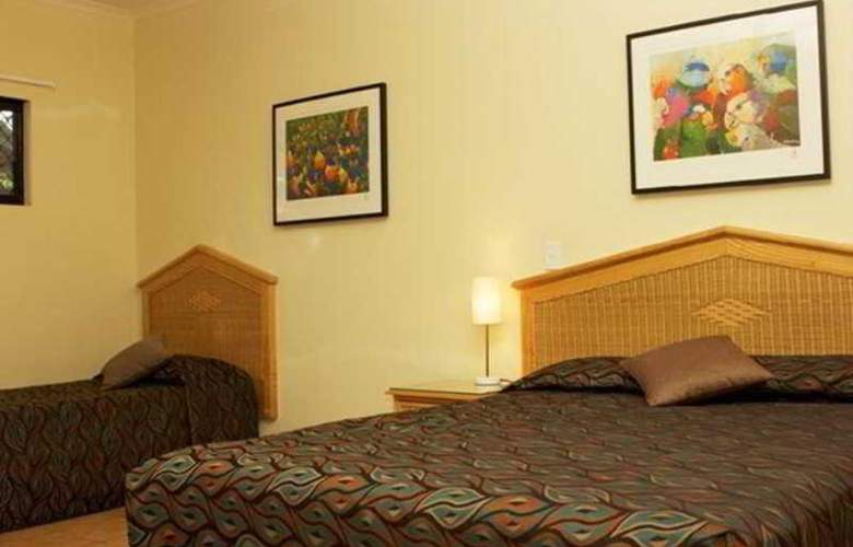 Palms City Resort - Room - 8