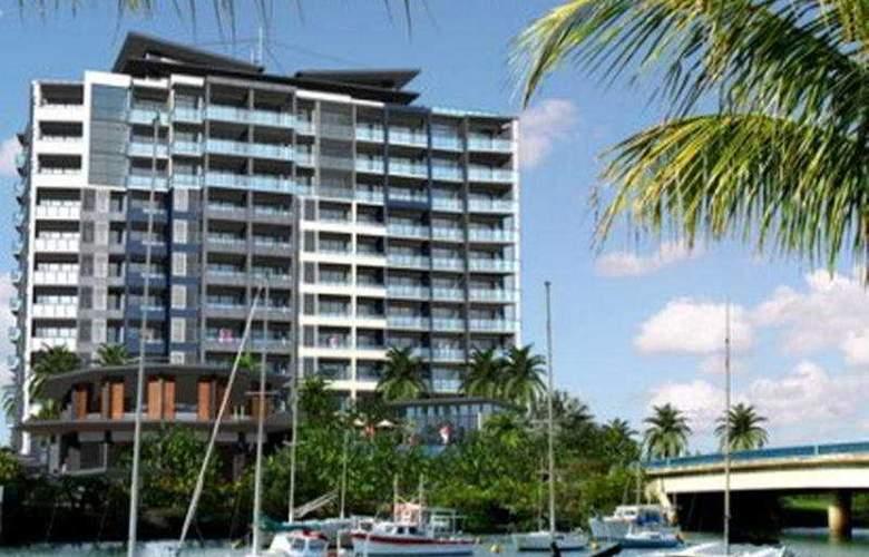 Oaks Gateway Suites - Hotel - 0
