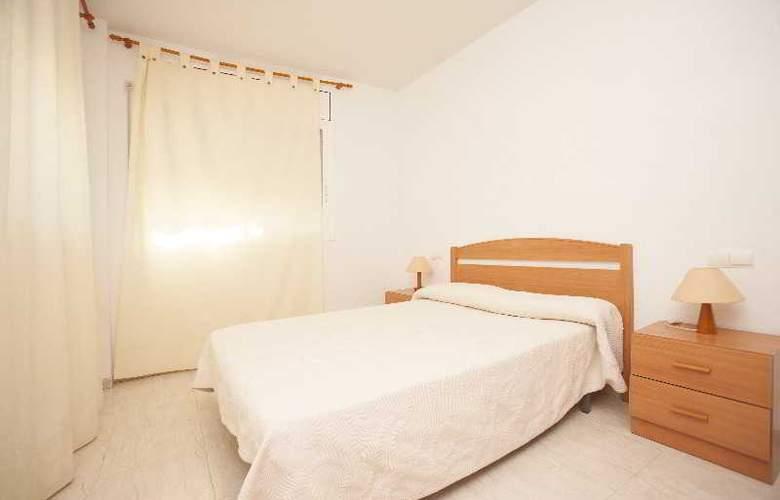 Apartamentos varios segunda linea en Miami Platja - Room - 1
