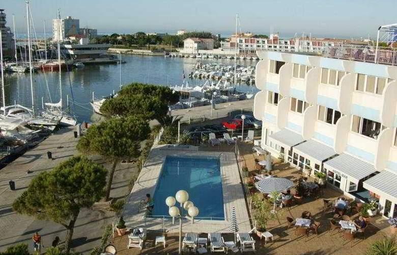 Interhotel Neptune Montpellier - Hotel - 0