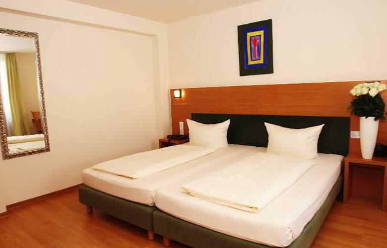 Memphis Hotel - Room - 2