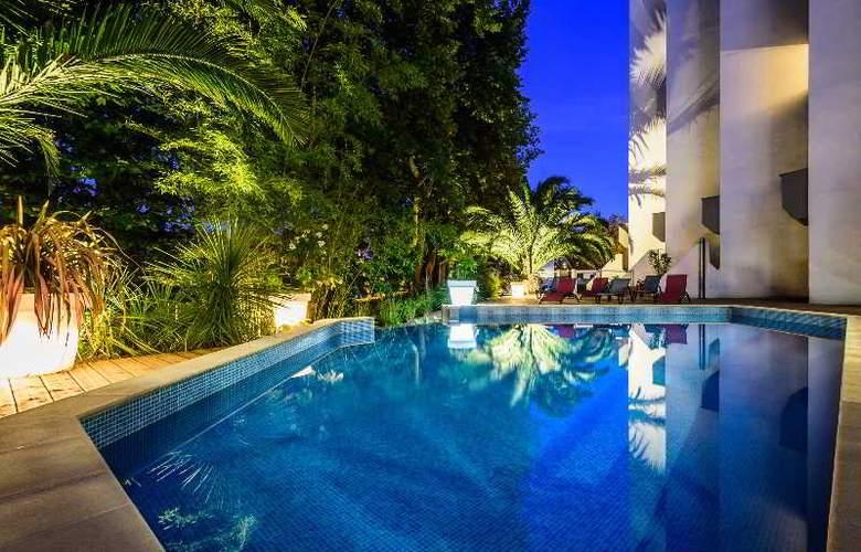 Le Bayonne Hotel & Spa - Pool - 10
