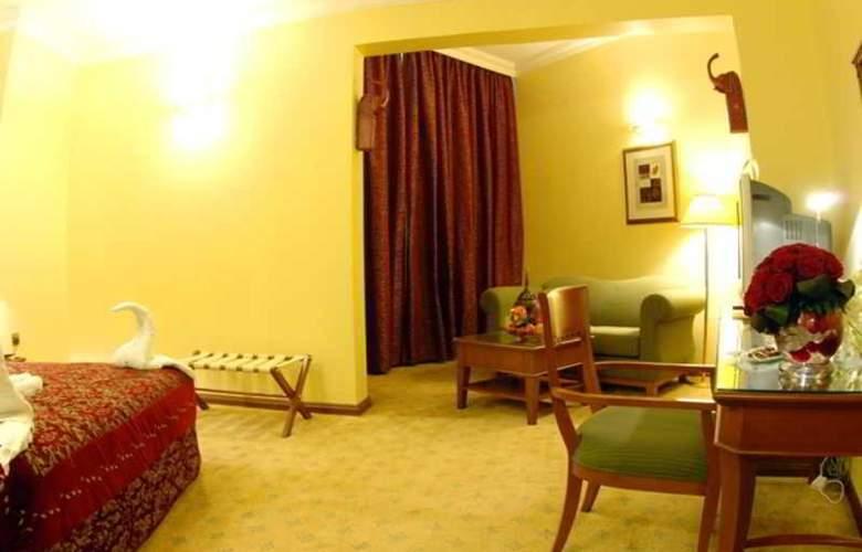 Royal Qatar - Room - 17