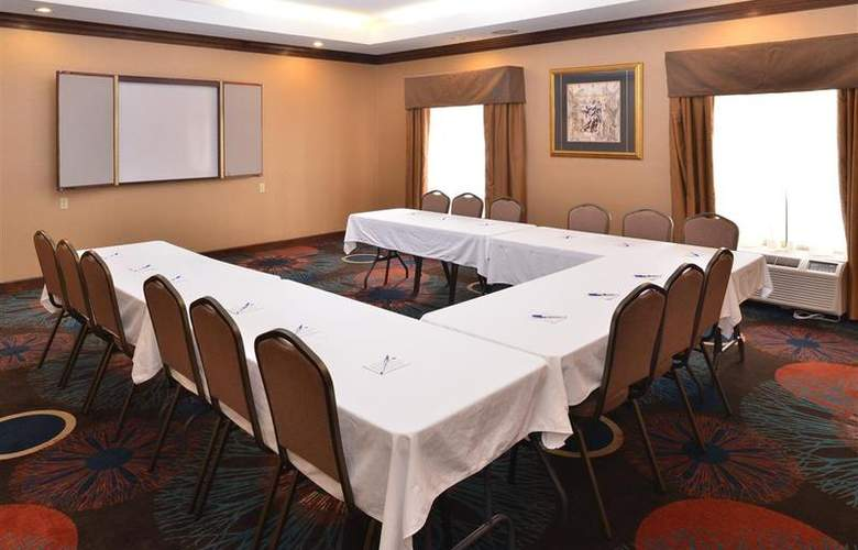 Best Western Plus Windsor Suites - Conference - 41