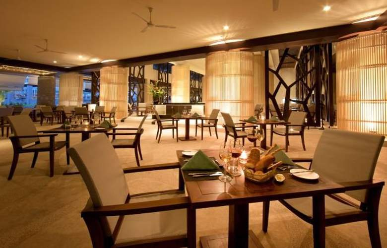 Andaman Embrace Resort & Spa - Restaurant - 11