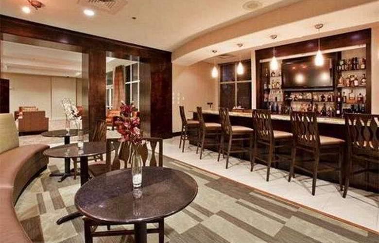 Holiday Inn Daytona Beach LPGA - Bar - 5