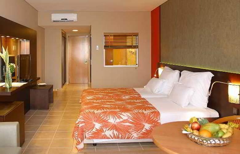 Pestana Tropico - Room - 10