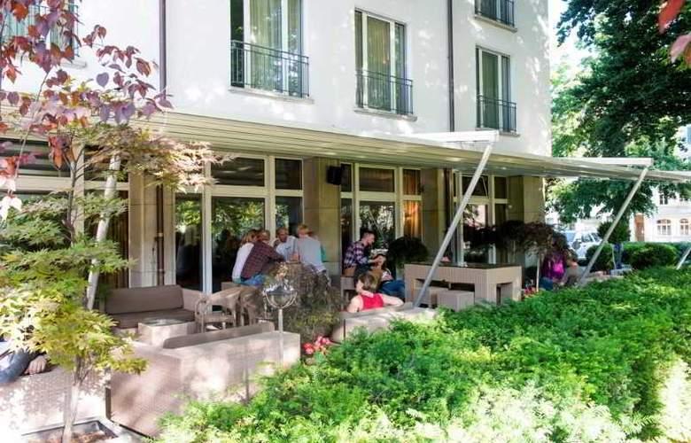 Park Hotel Winterthur Swiss Quality - Terrace - 12