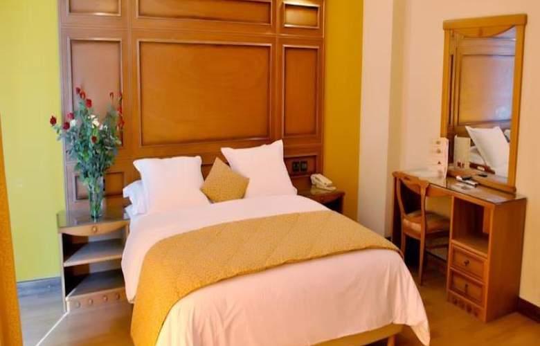Rembrandt Hotel - Room - 12