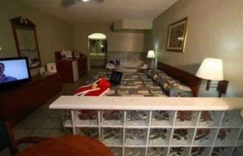 Super 8 South Padre Island - Room - 8