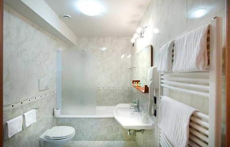 Best Western Blu Hotel Roma - Hotel - 19