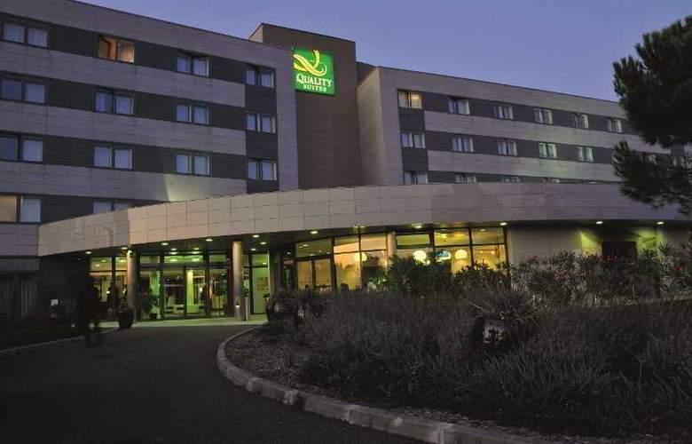 Quality Suites Bordeaux Aéroport & Spa - Hotel - 2