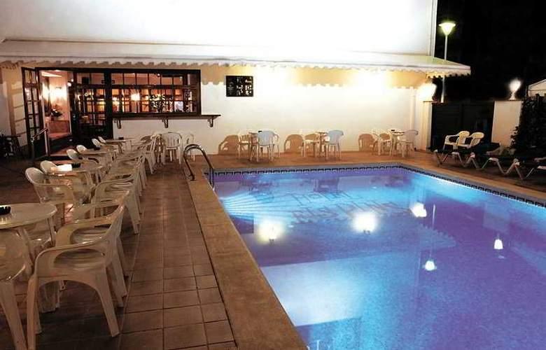 Els Pins - Pool - 7