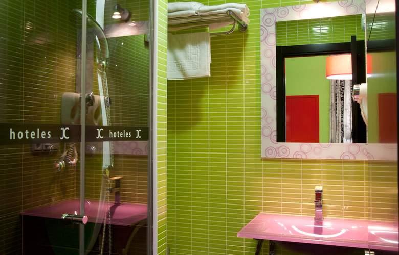 JC Rooms Santa Ana - Room - 7