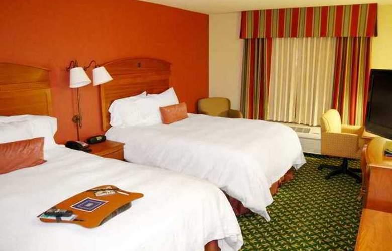Hampton Inn & Suites Tulare - Hotel - 6