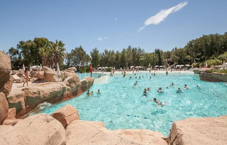 Pierre et Vacances Village Club Les Restanques du Golfe de Saint-Tropez - Pool - 21