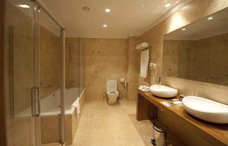 Hotel Restaurante Ibaia - Room - 8